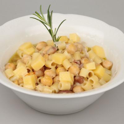 Zuppa di tubettini con ceci e castagne!